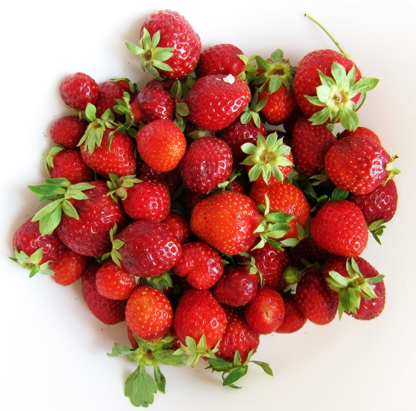 sweet-summer-strawberries